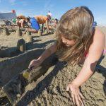 giochi bambini in spiaggia cavallino